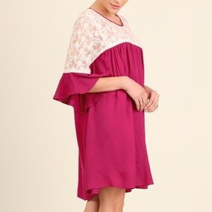 NWT UMGEE BELL SLEEVE DRESS W/ LACE DETAIL